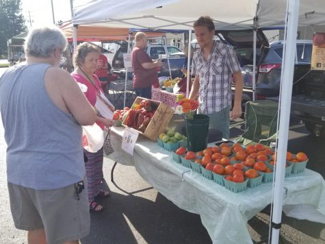 The Nixa Farmers Market is held on Saturday mornings throughout the summer.
